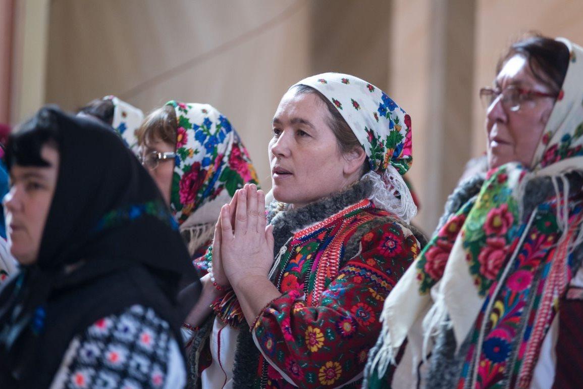 Praying in Hungarian