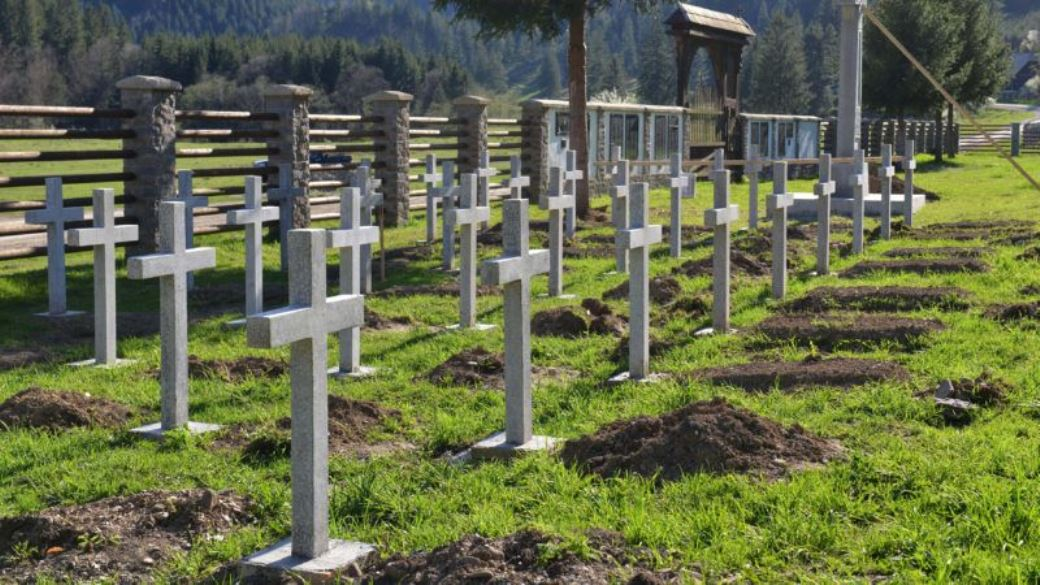 Romanian Concrete Crosses in Hungarian Military Graveyard