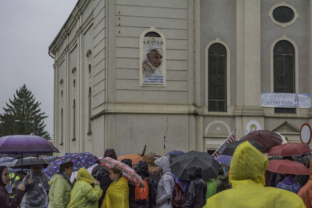 Pope Francis' portrait invites pilgrims to Holy Mass. Photo: Vajk István Szigeti