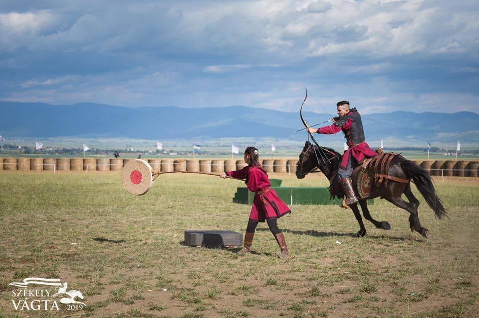 Horseback archery demonstration