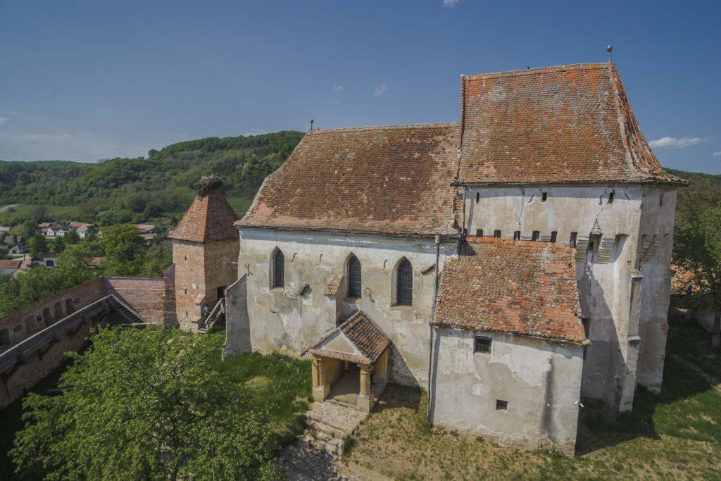 Fortified church in Szászalmád